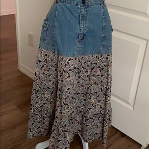 Studio West Jean skirt- size Large